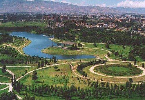 Simon Bolivar Park Mandala Hostel